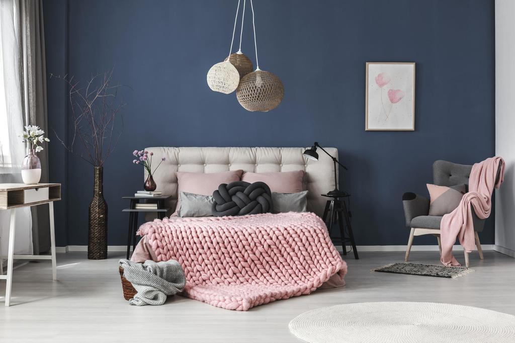Slaapkamer - Bed - Blauwe muurverf