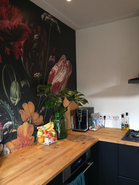het-is-een-kleine-open-keuken-in-een-jaren-30-huis-maar-met-een-groots-gevoel