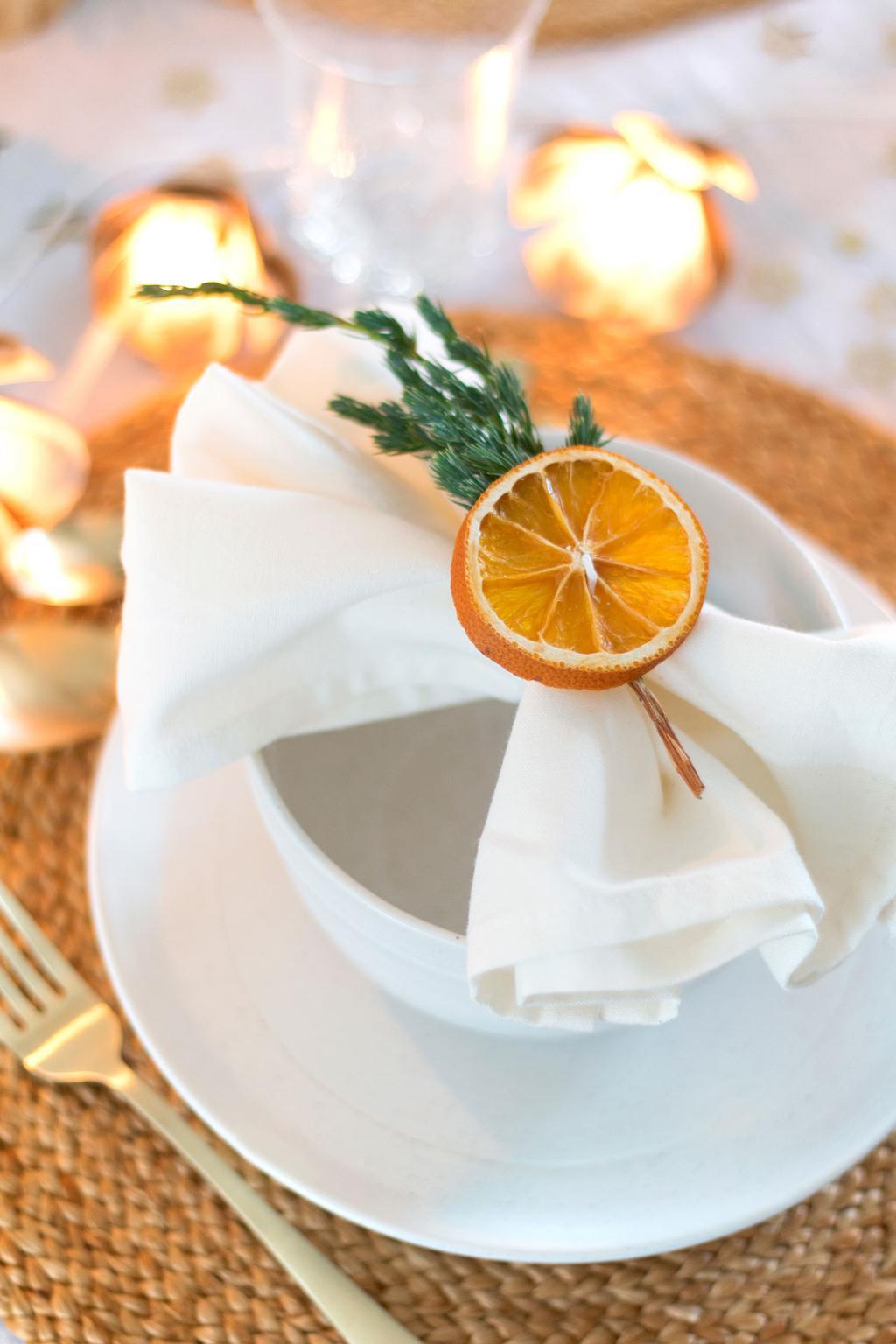 Gedroogde sinaasappel voor de kerst tafel door blogger MY ATTIC.