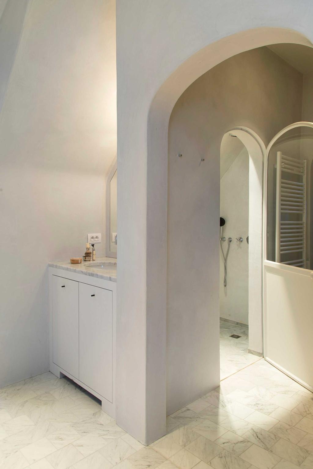 badkamer wit beige