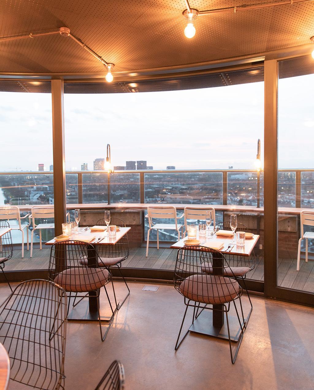 vtwonen 04-2020 | WT Urban restaurant Utrecht