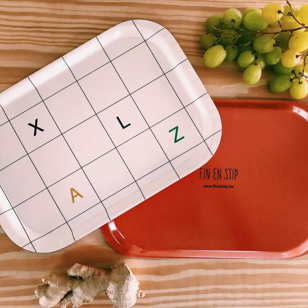 fin en stip boterhamplankje alfabet