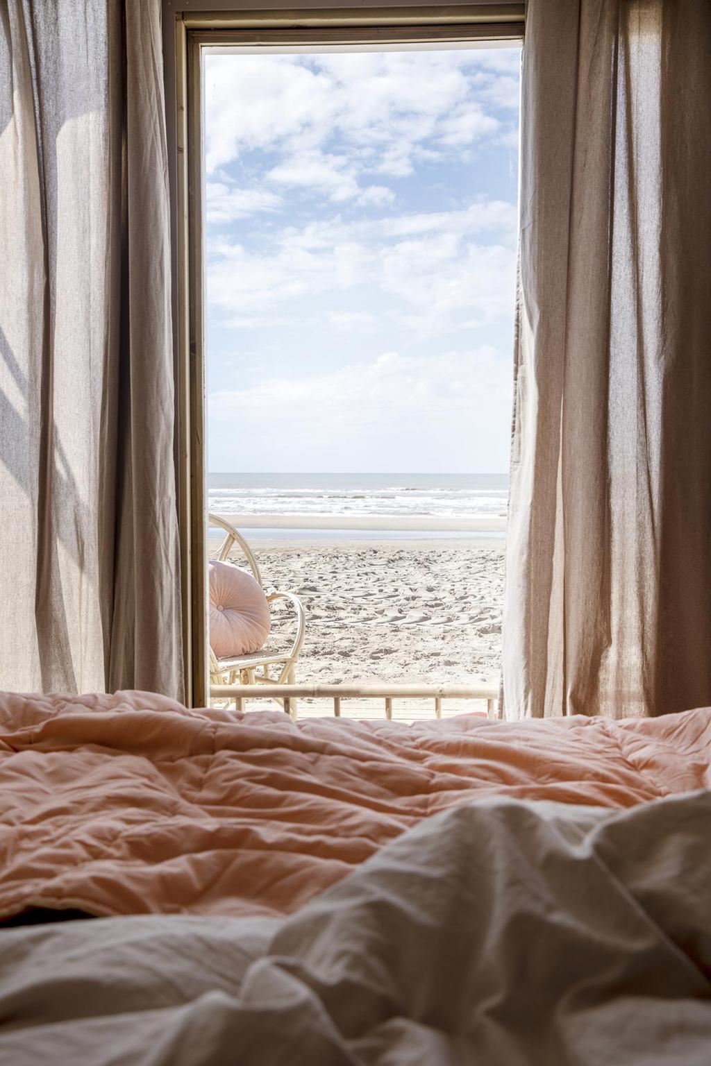 vtwonen strandkamers Zandvoort interieur