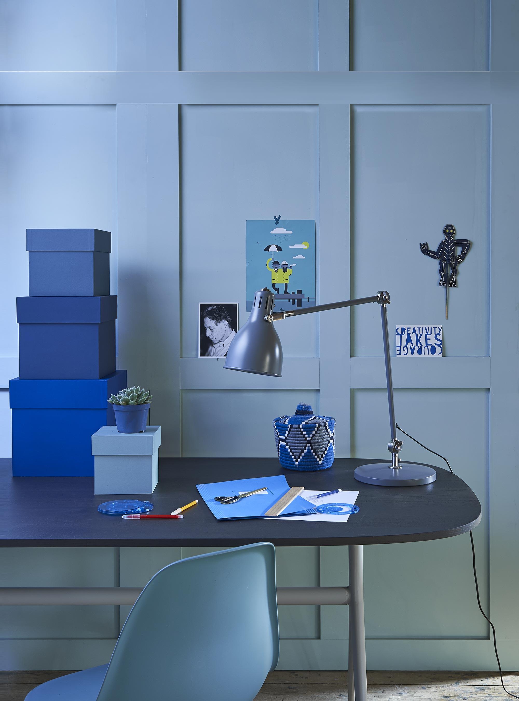 blauwe werkplek