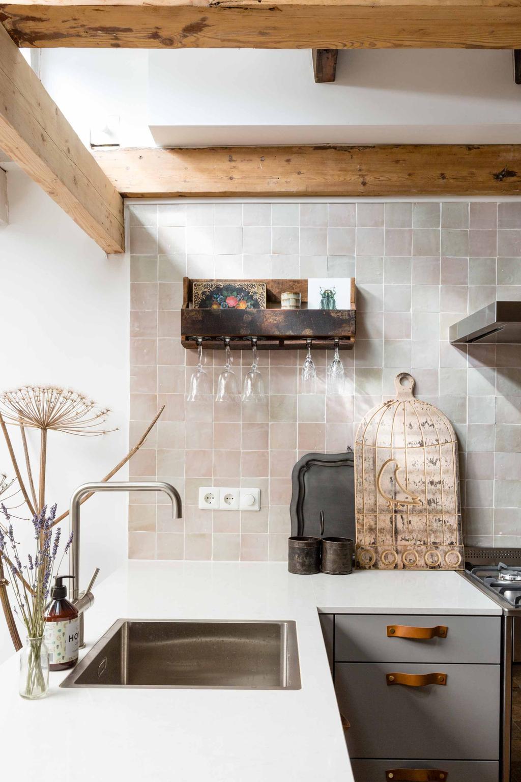 Pastel tegels in keuken - Soorten tegels - vtwonen