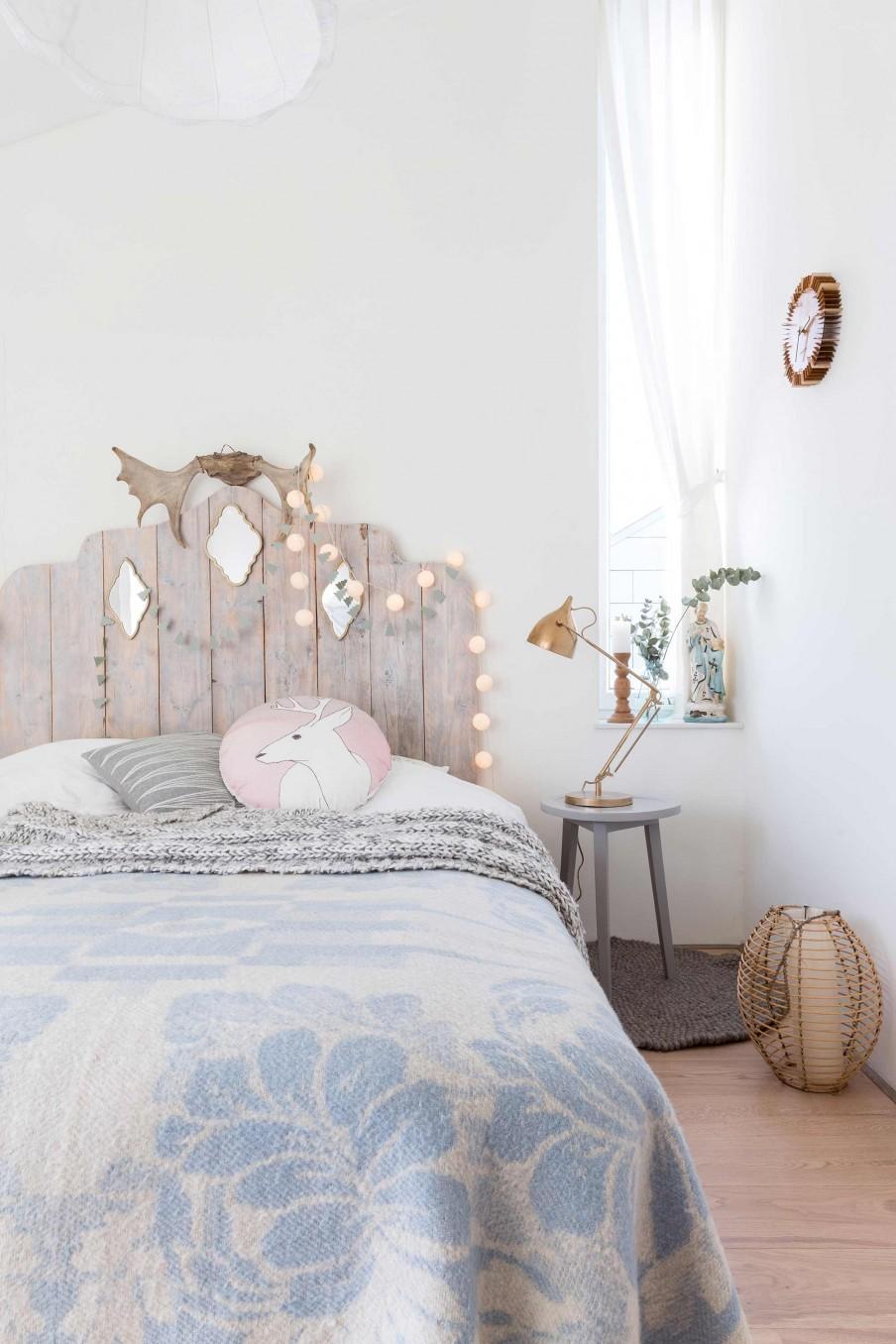 chambre tete de lit bois
