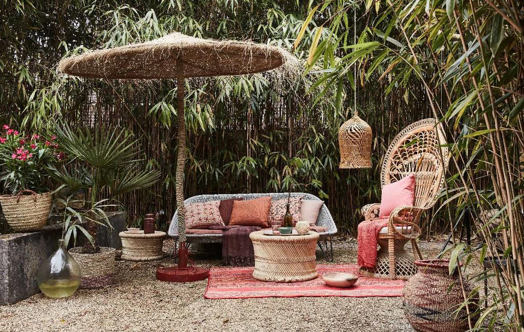 vtwonen 09-2016 | fotografie Alexander van Berge, styling Cleo Scheulderman | lange lenteavonden in de tuin | tropische stijl