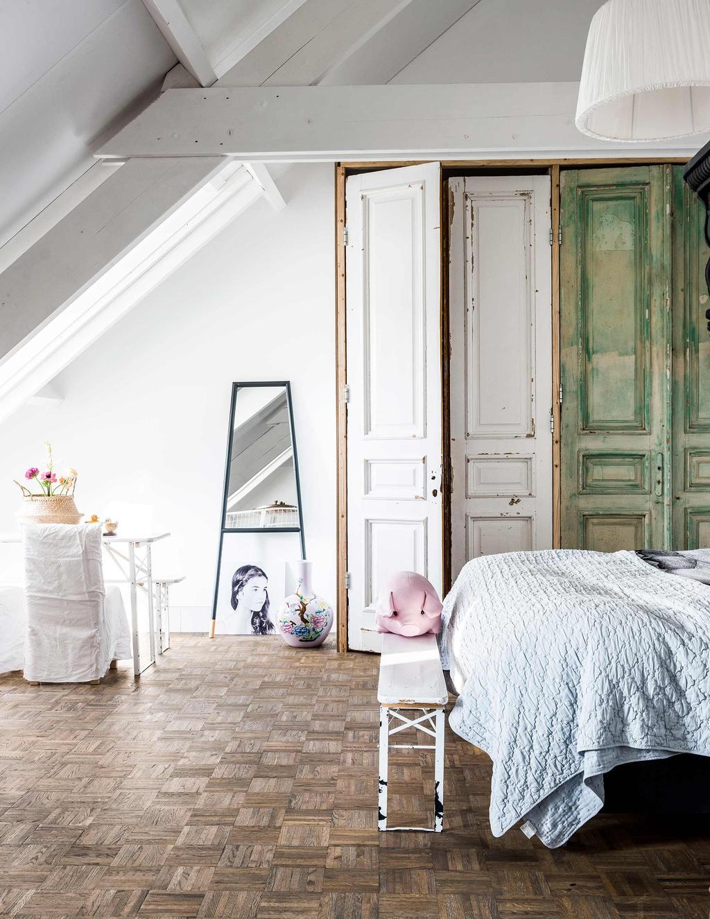 slaapkamer klassieke vloer vintage deuren