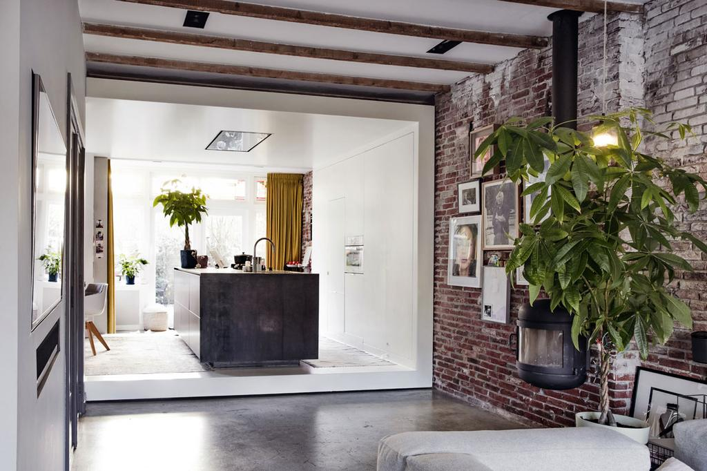 Een kijkje in de keuken van kunstenaar Casper Faassen | vtwonen