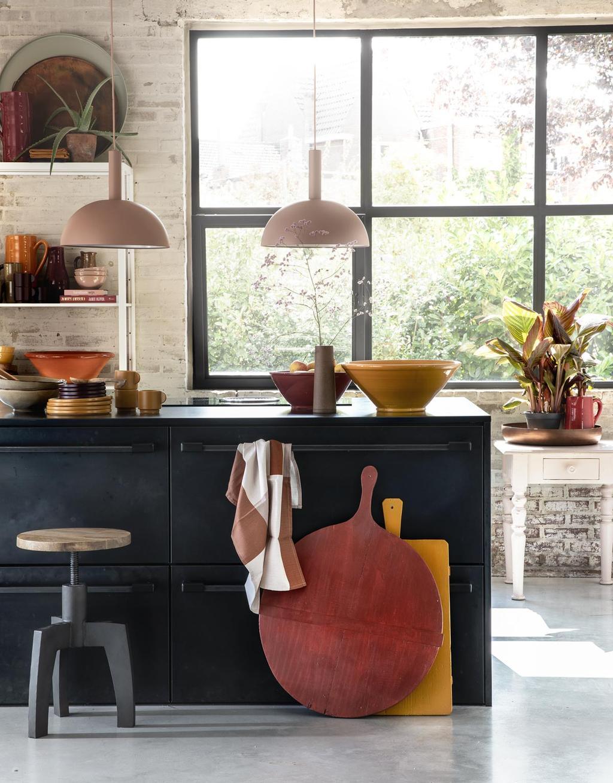 Keuken in herfst sfeer met spicy kleuren.