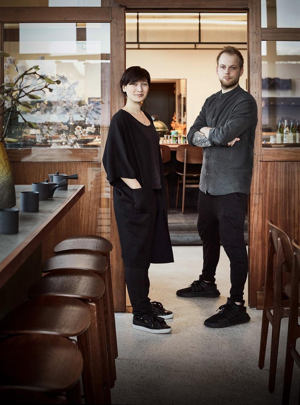 Paul & Farah van Atelier Morel in hun zaak