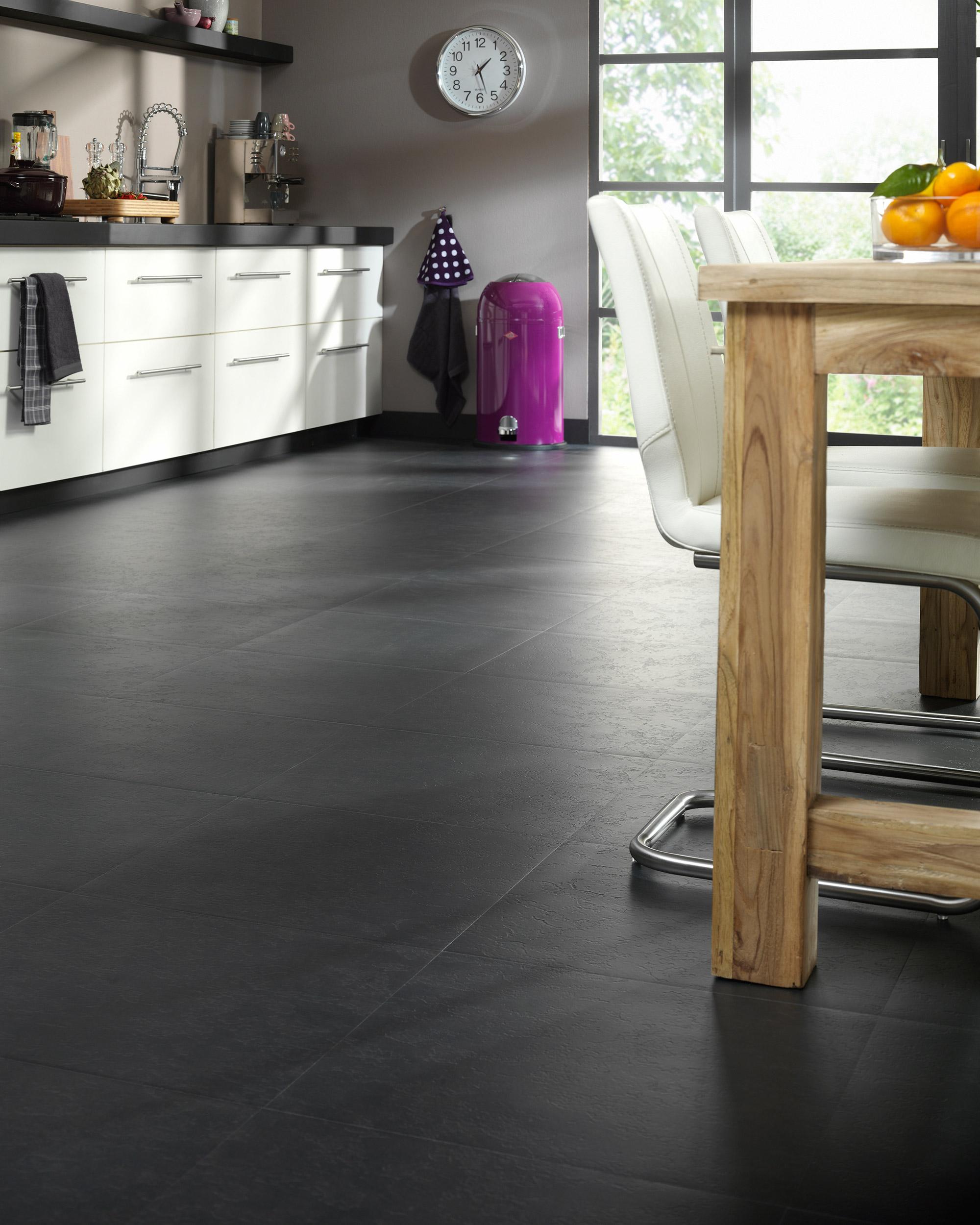 Vloer black slate