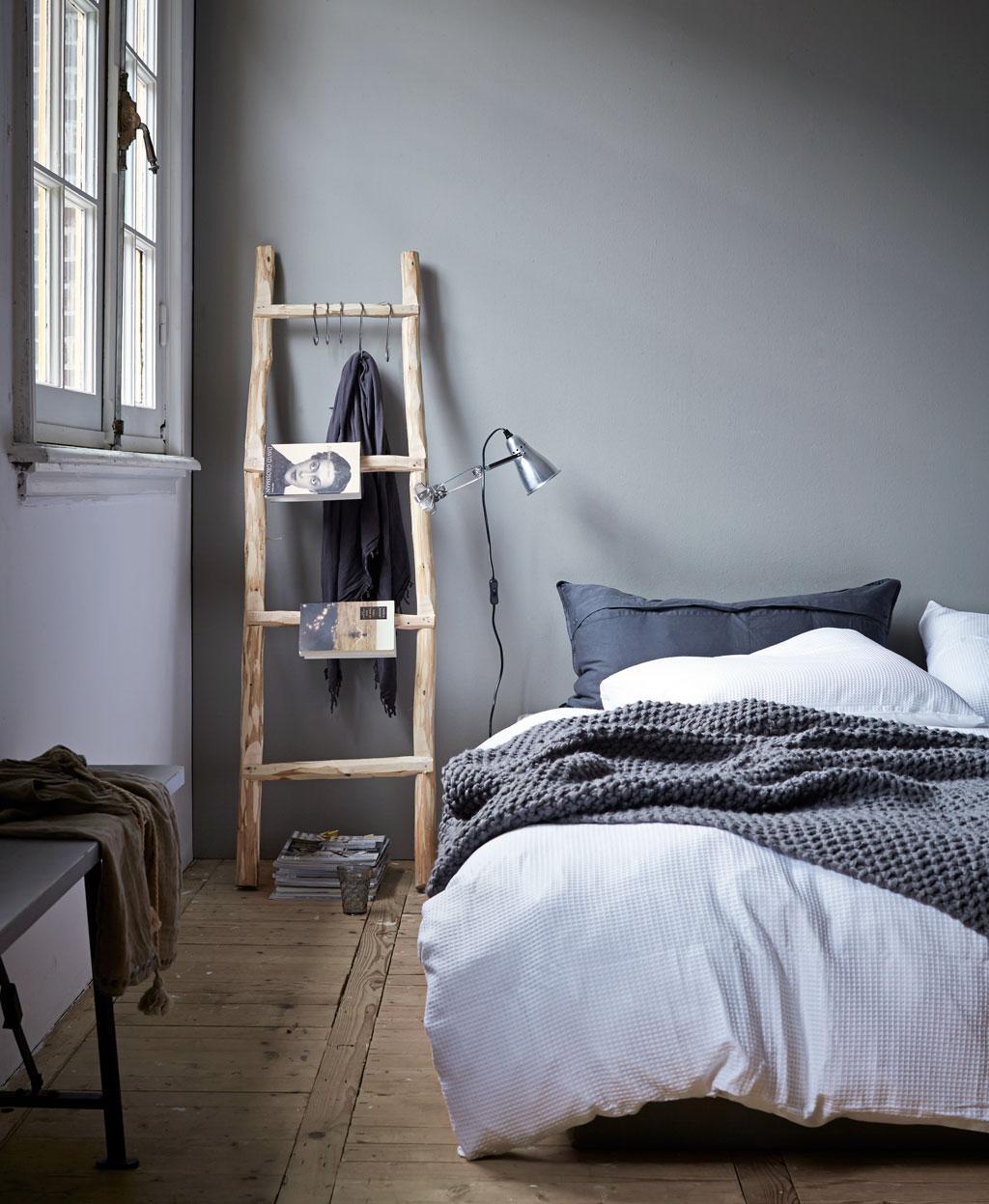 houten ladder nachtkastje