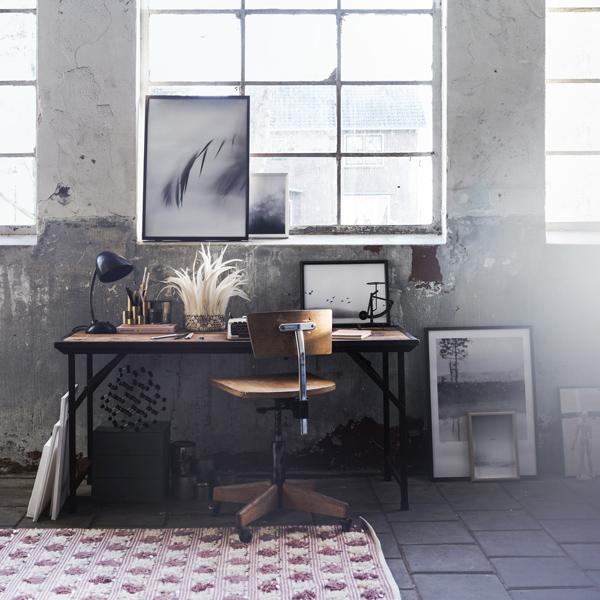 Bureau - Stenen muur - Pastel interieur