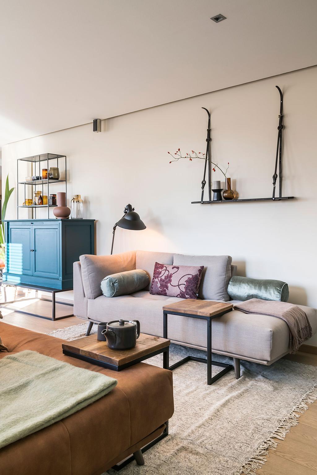 De woonkamer met zetels van Carlo en Carolien uit de achtste aflevering van het tweede seizoen van 'Een frisse start met vtwonen'.