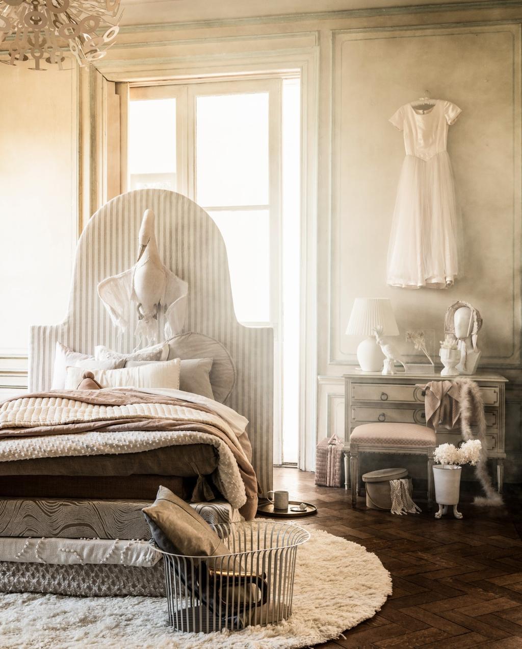 vtwonen liza wassenaar | romantische woonstijl  | romantische materialen | sprookjeshuis | krijttinten