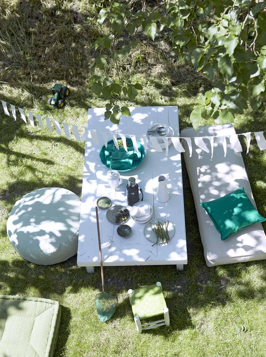 Buitenleven in het gras lounge