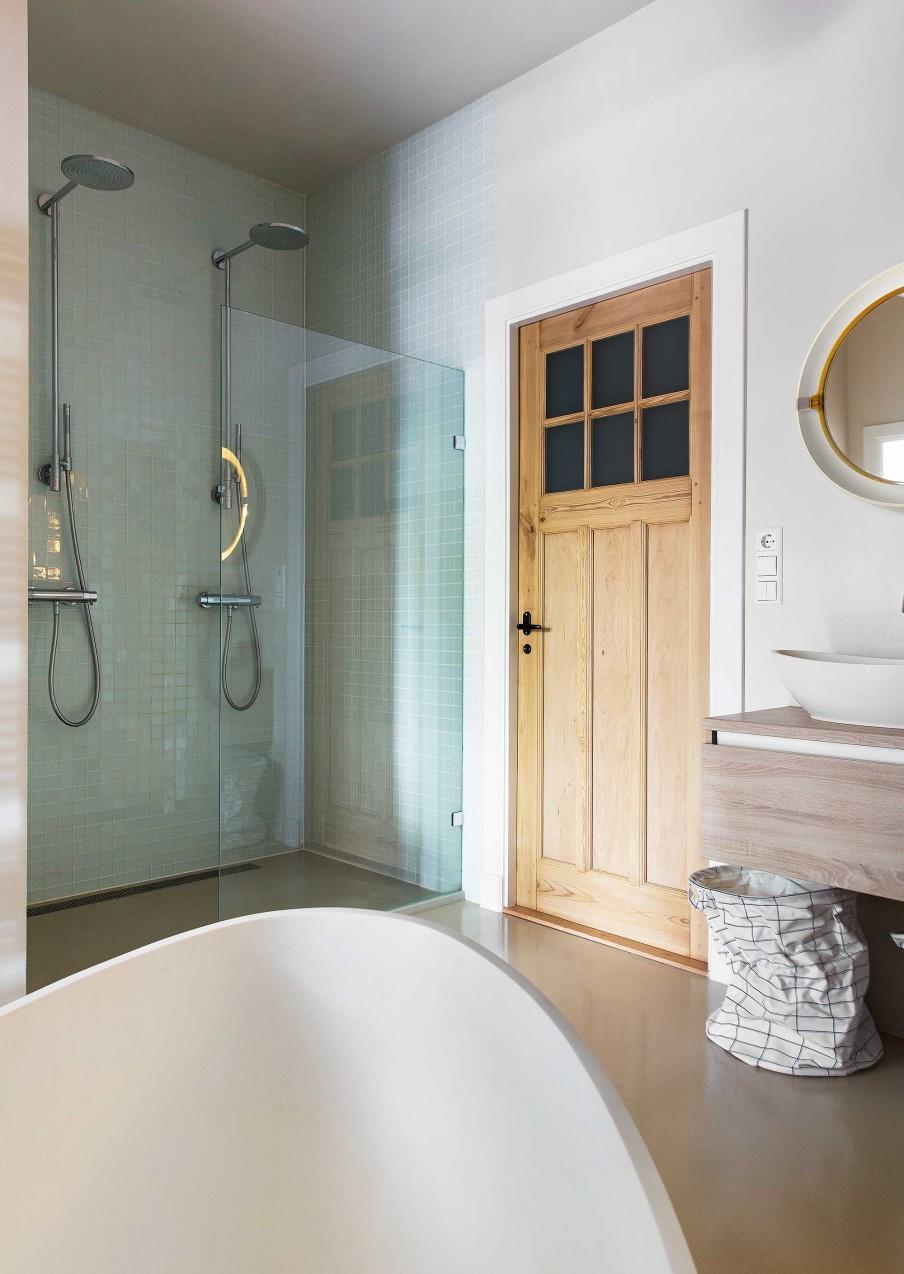 salle de bains naturel