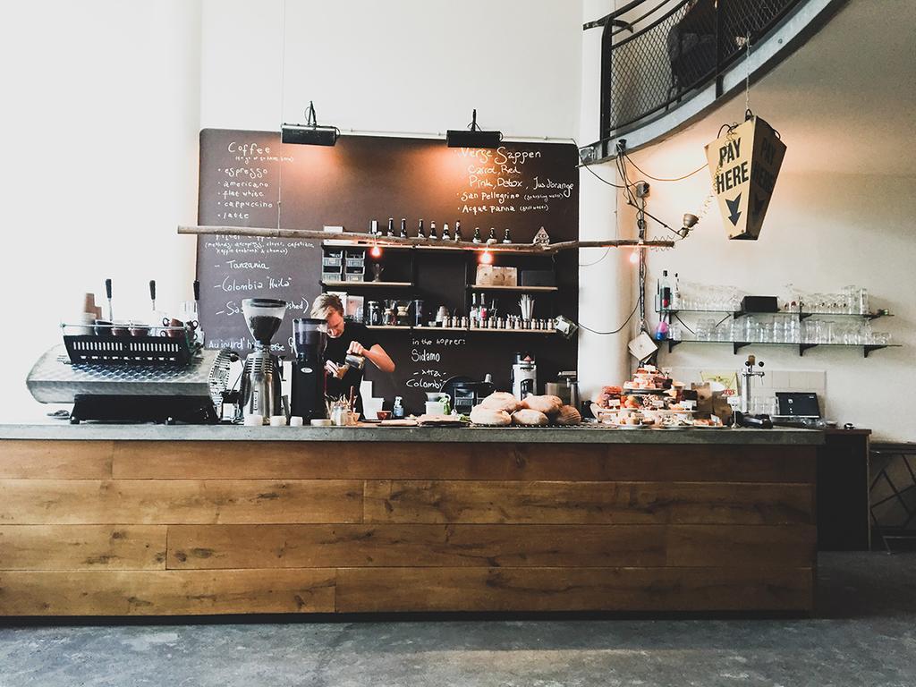 Citytrip Rotterdam koffiezaak Hopper