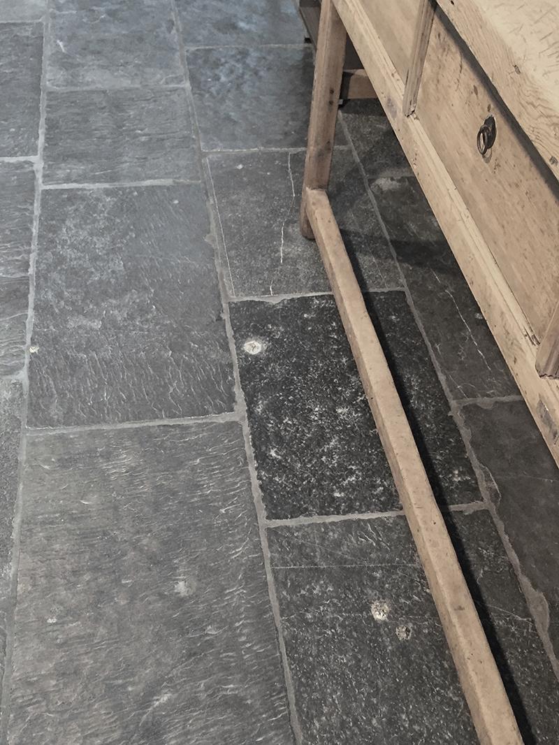 vloer landelijk nibostone natuursteen