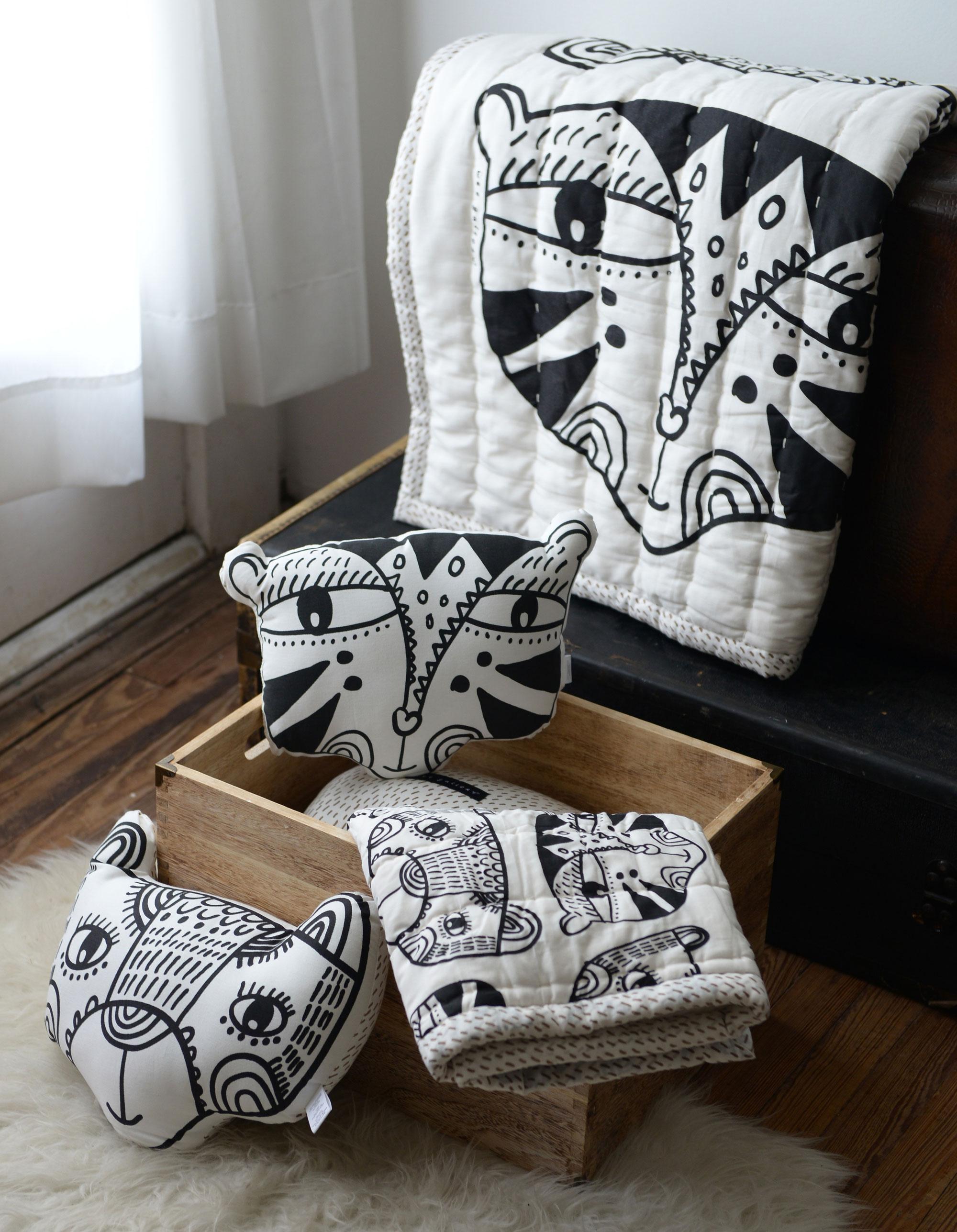 duurzaam speelgoed wee gallery kussens en plaids met zwart-witte print