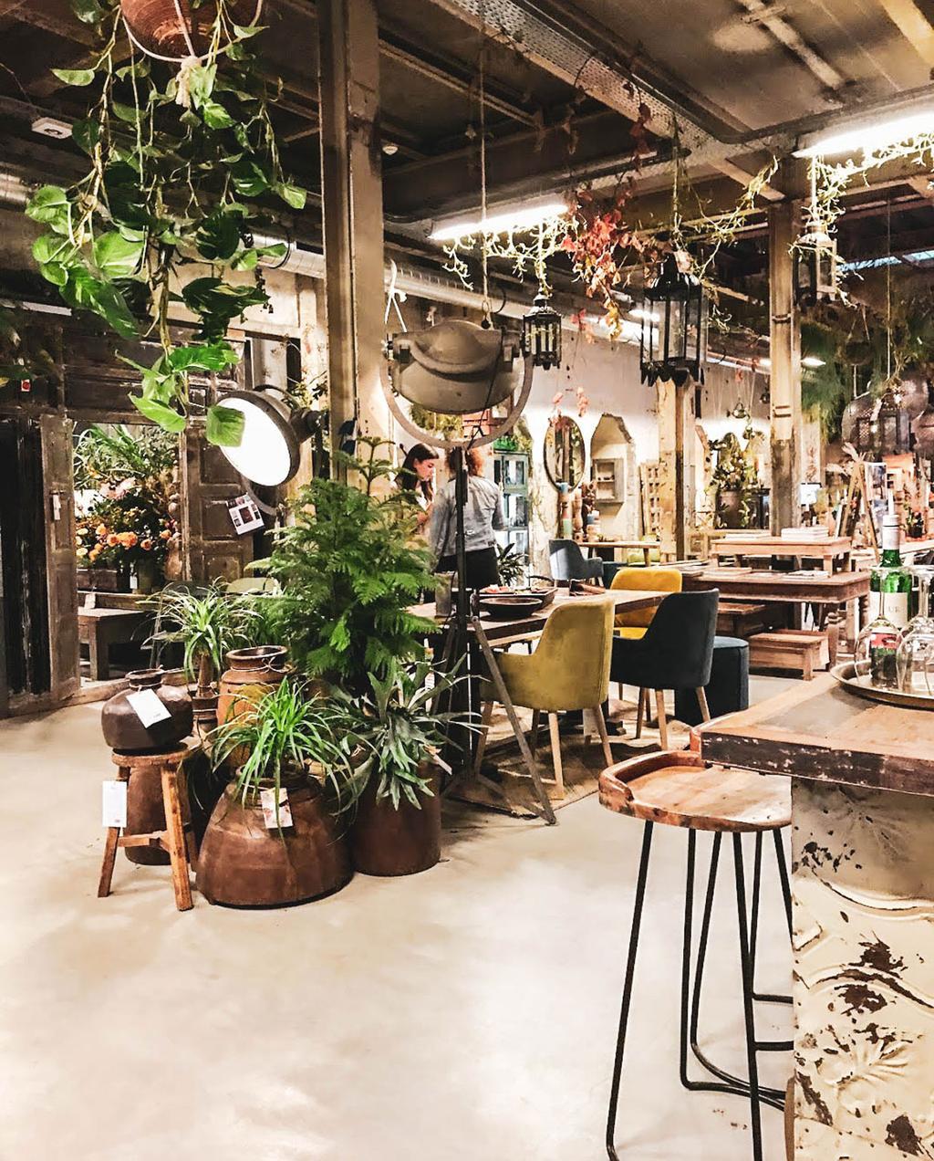 vtwonen 10-2019 | Citytrip Eindhoven Room 108 & Gusj Market