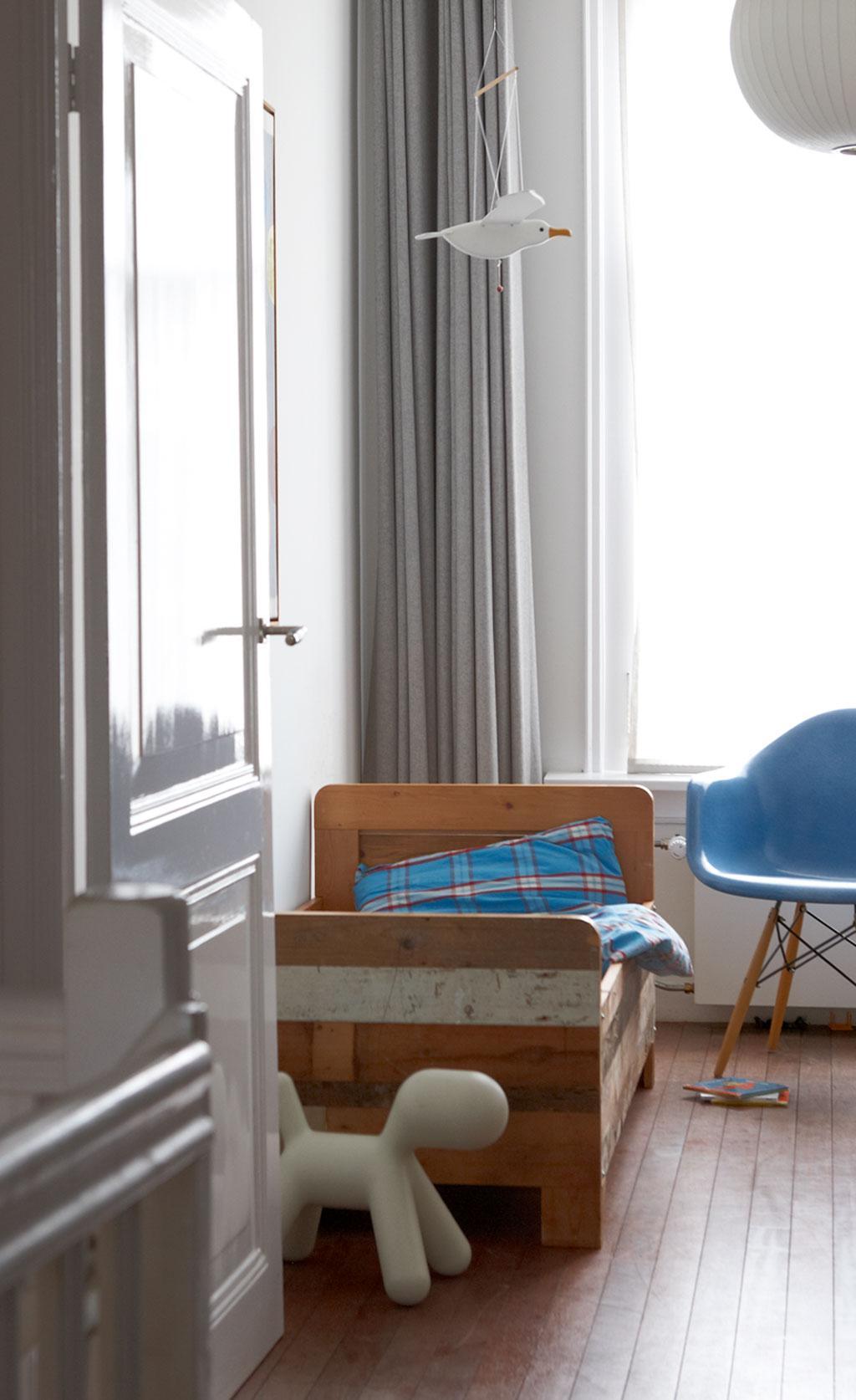 houten bed
