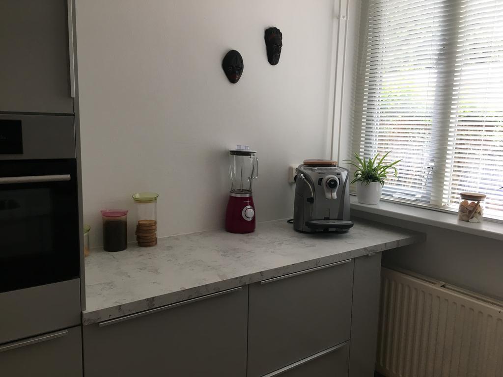 we-wonen-net-in-dit-huis-compleet-nieuwe-keuken-ingezet-door-mijn-man-en-zoon-gedaan-muurtje-uitgebroken