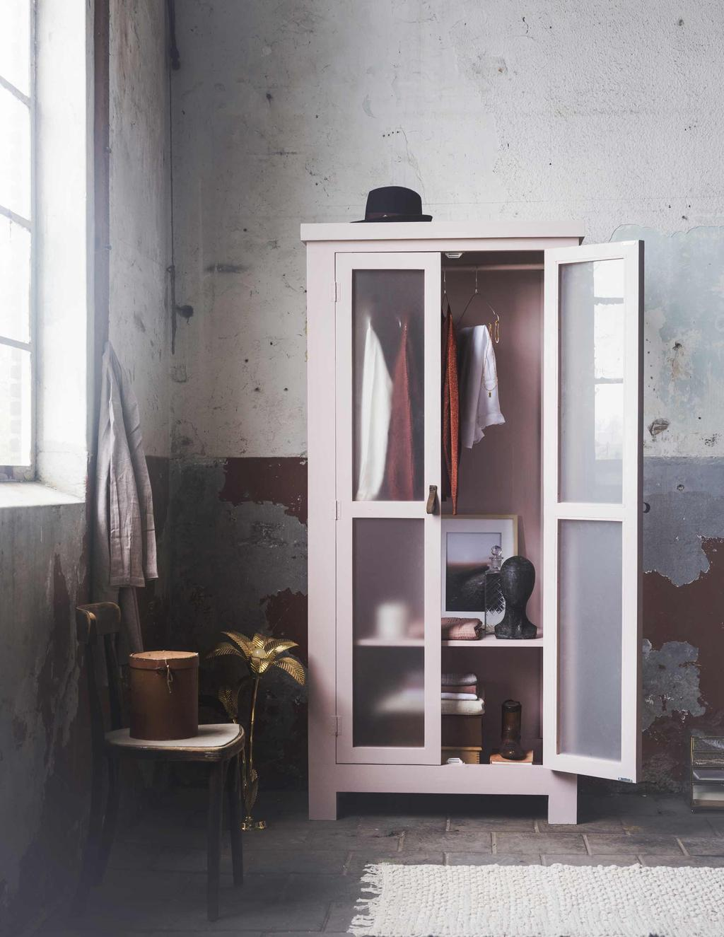 Marie Kondo - opgeruimde kledingkast