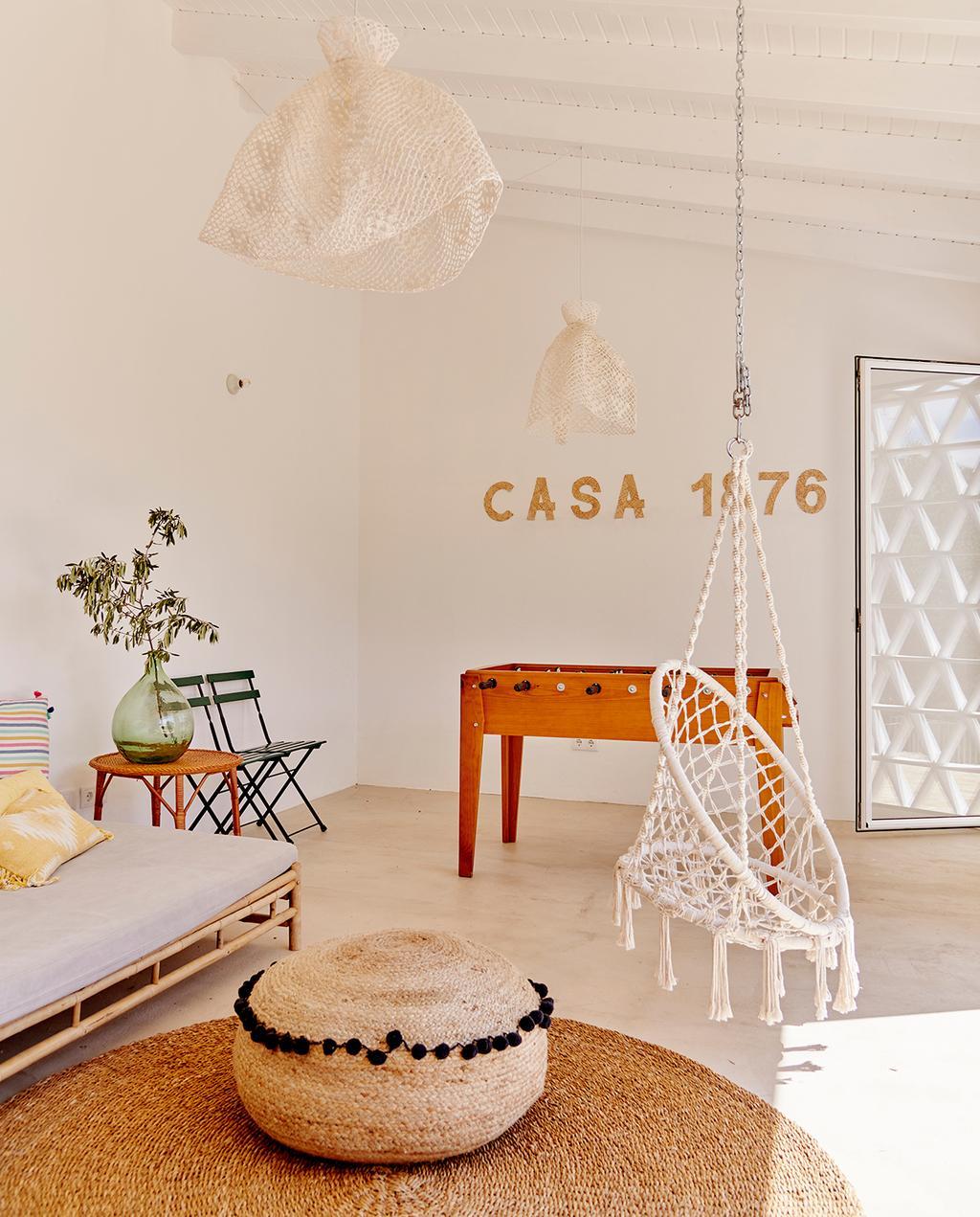 vtwonen tuin special 2 2020 | witte houten veranda