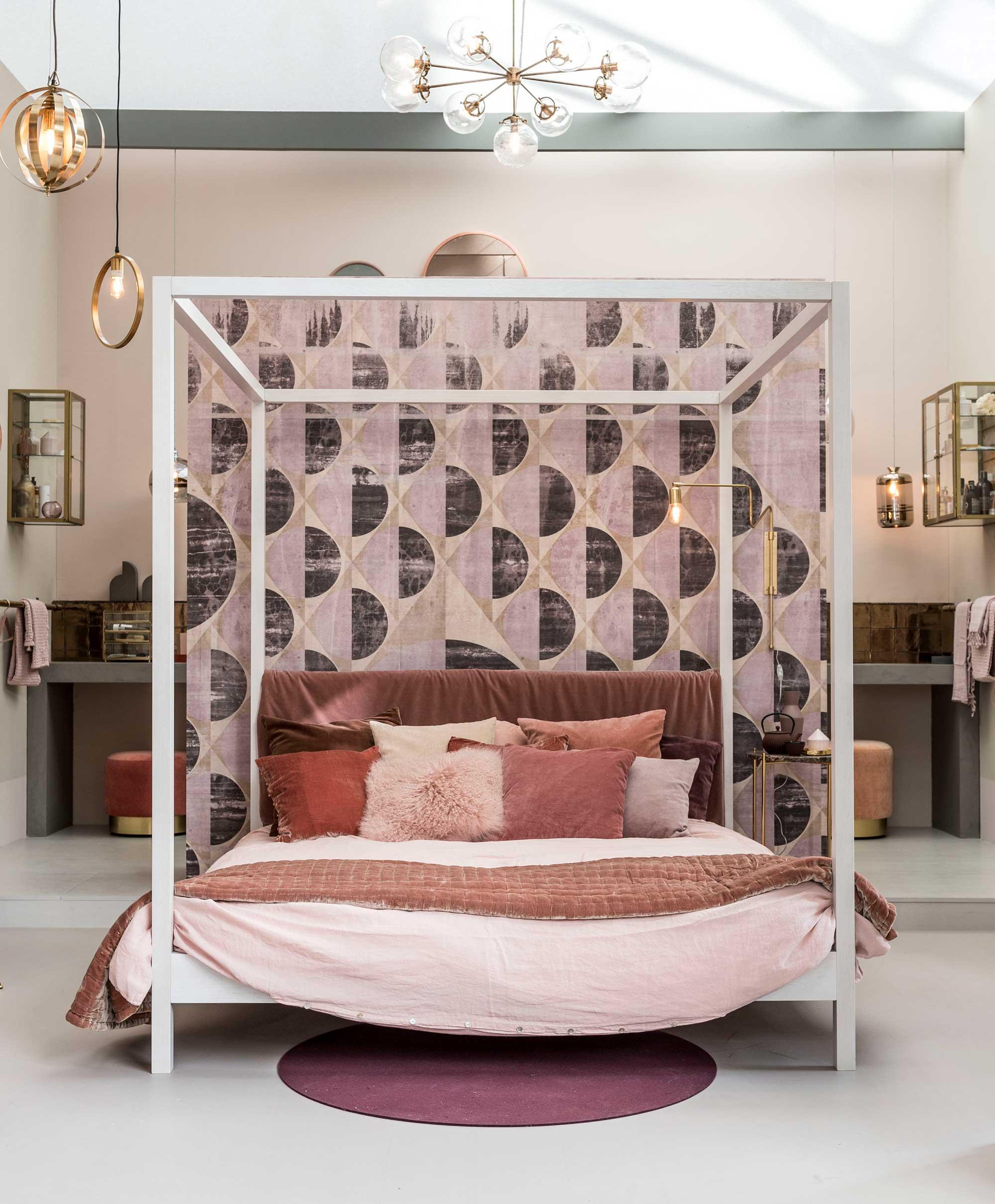 Romantische slaapkamer in het vtwonen huis