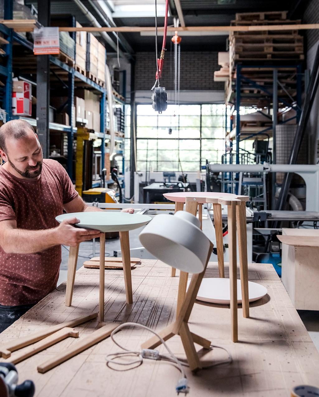 vtwonen DIY special 01 2020 | lampen en tafels