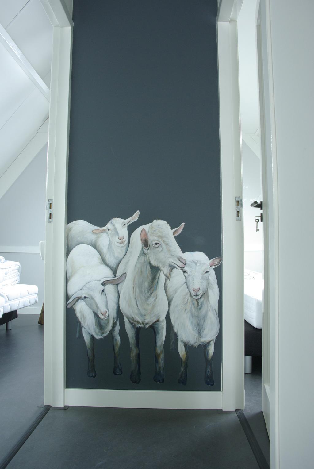 schapen muurtekening