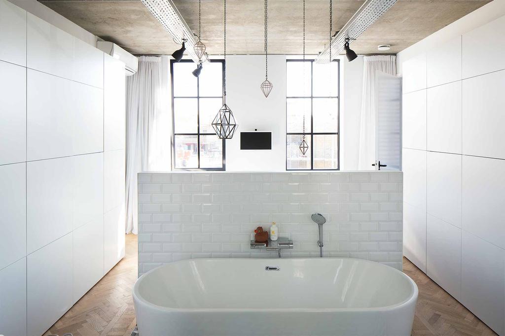Witte badkamer