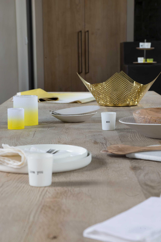 table jaune bois