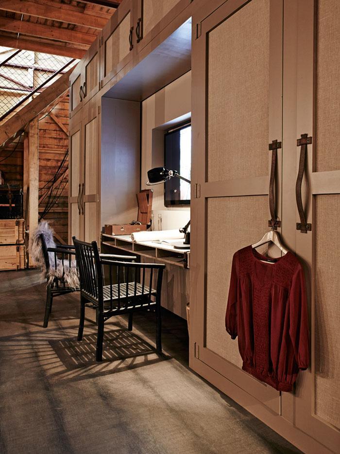houten vitrinetafels