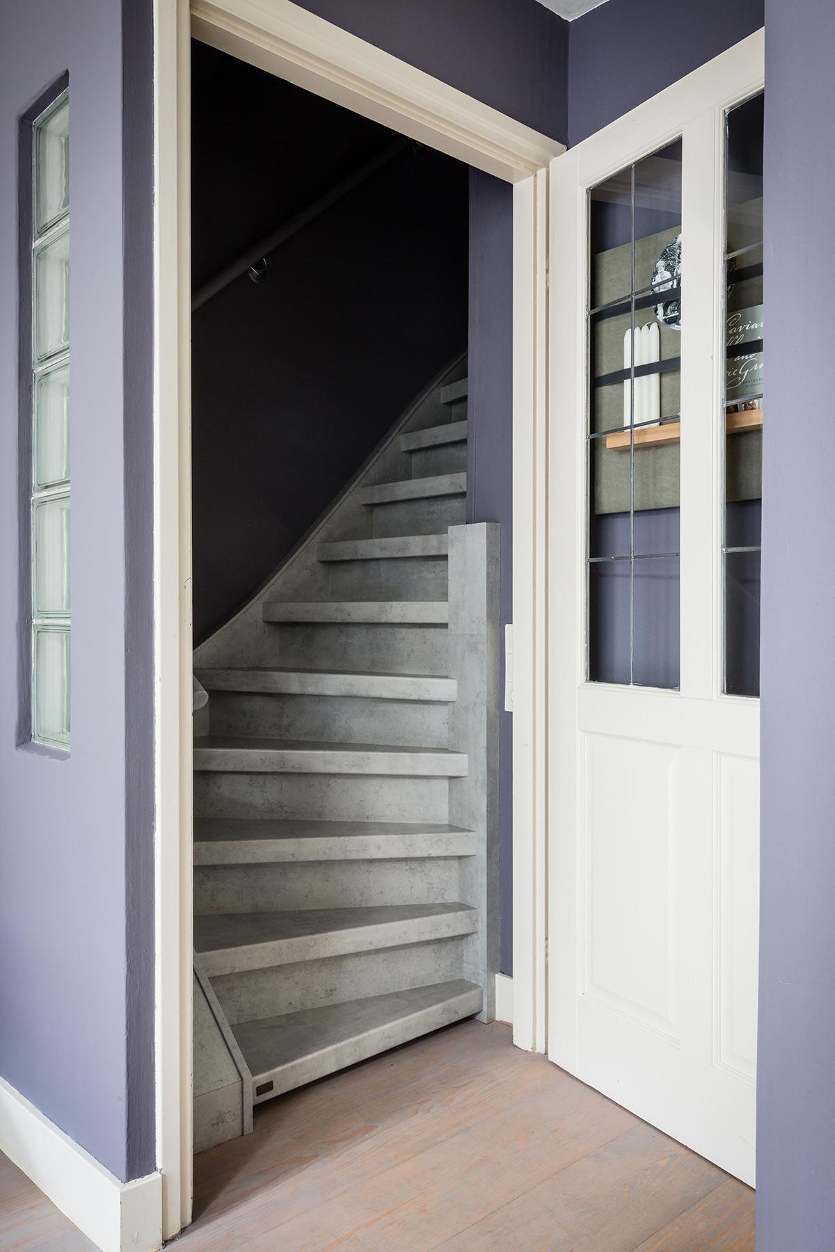 Betonlook trap Upstairs