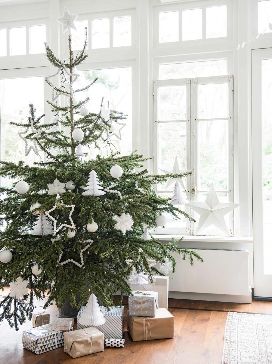 kerstboom witte decoratie