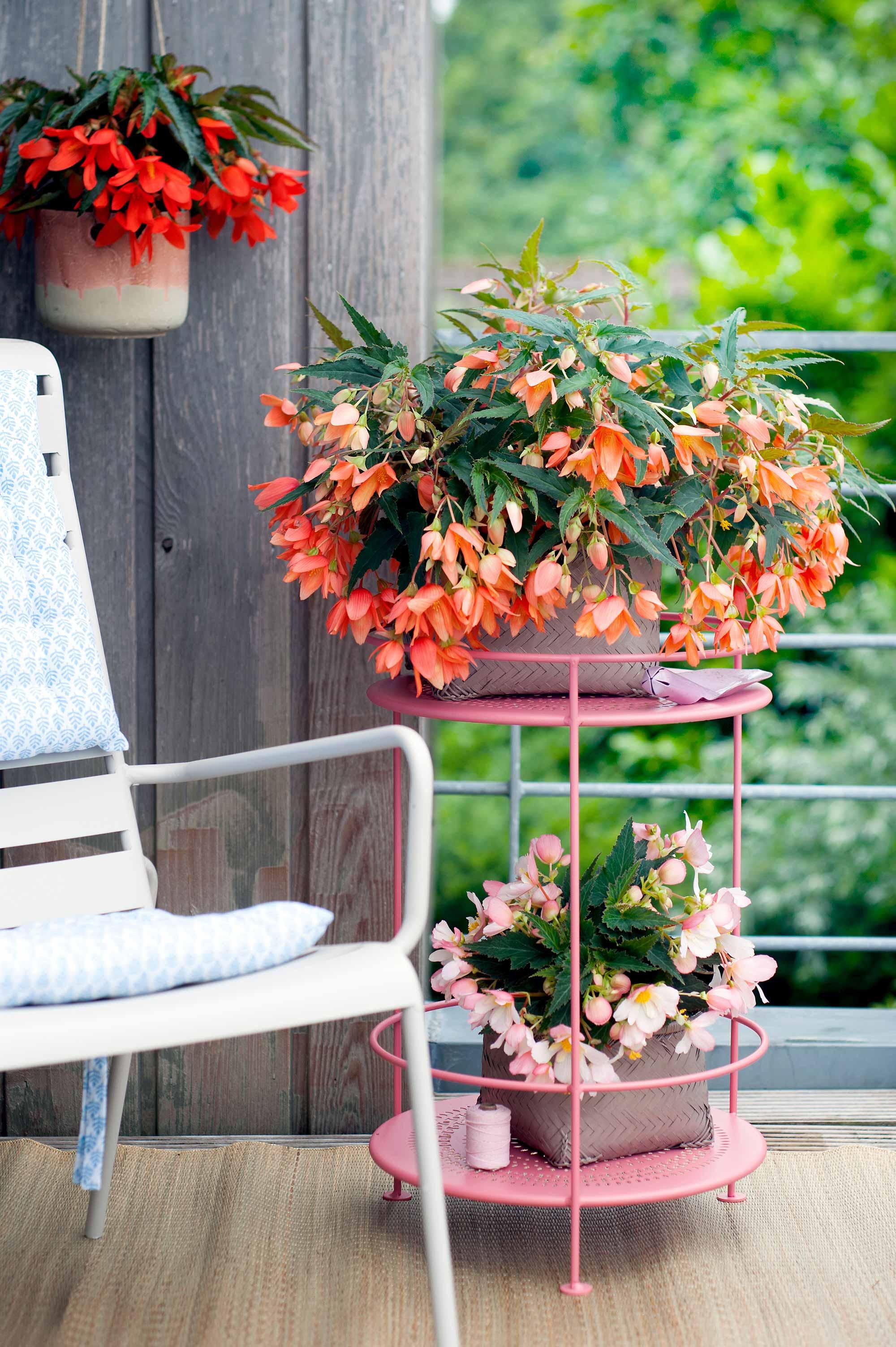 bijzettafel bloemen tuin