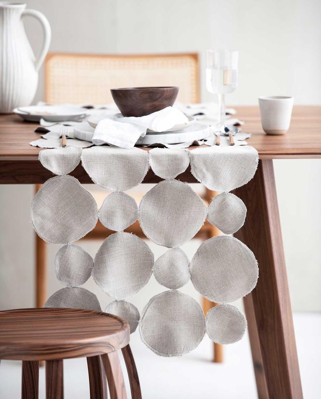 vtwonen 06-2020 | DIY tafelloper op gedekte tafel