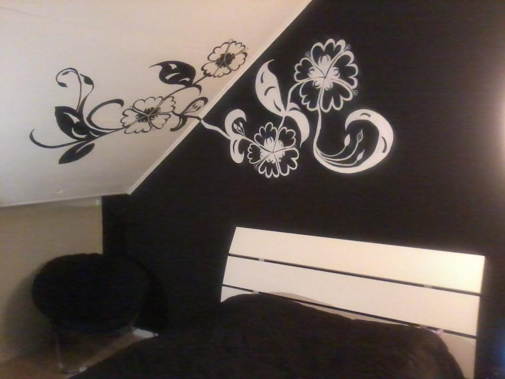zwart-wit muurschildering