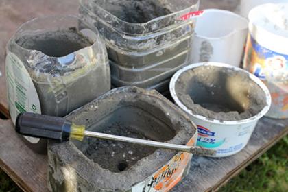 Betonnen potten maken