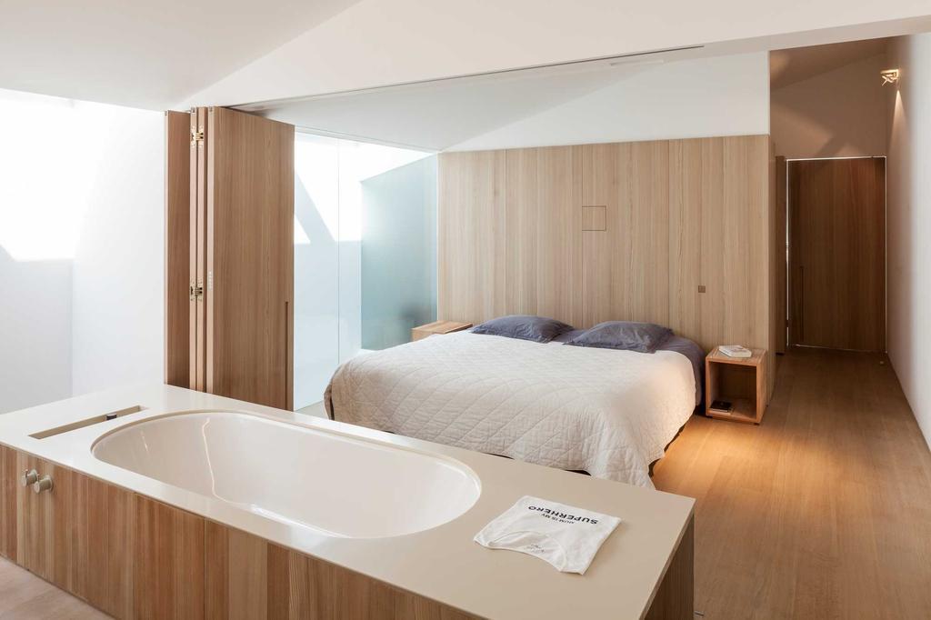slaapkamer badkamer hout