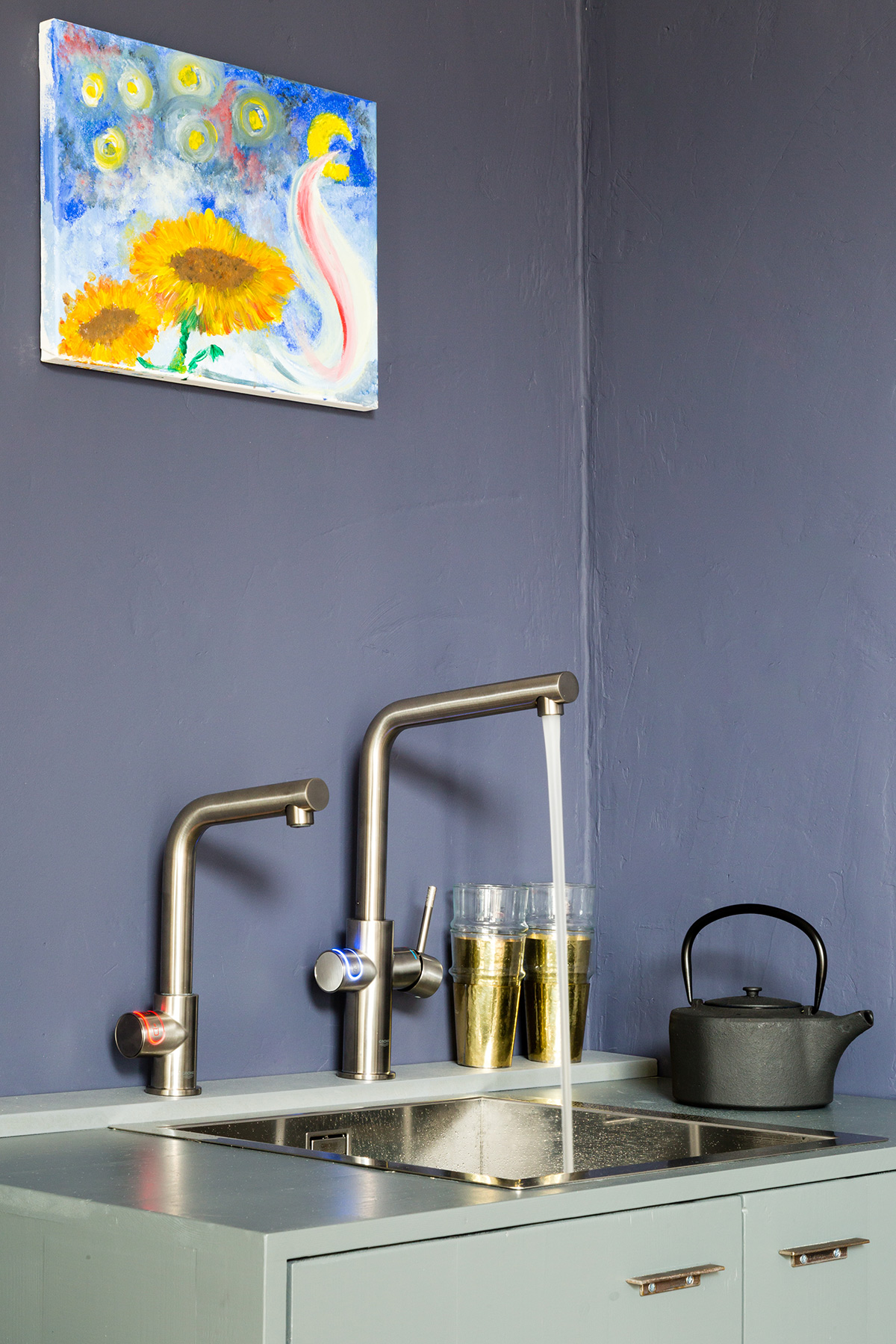 Keukenkranen GROHE blue en red
