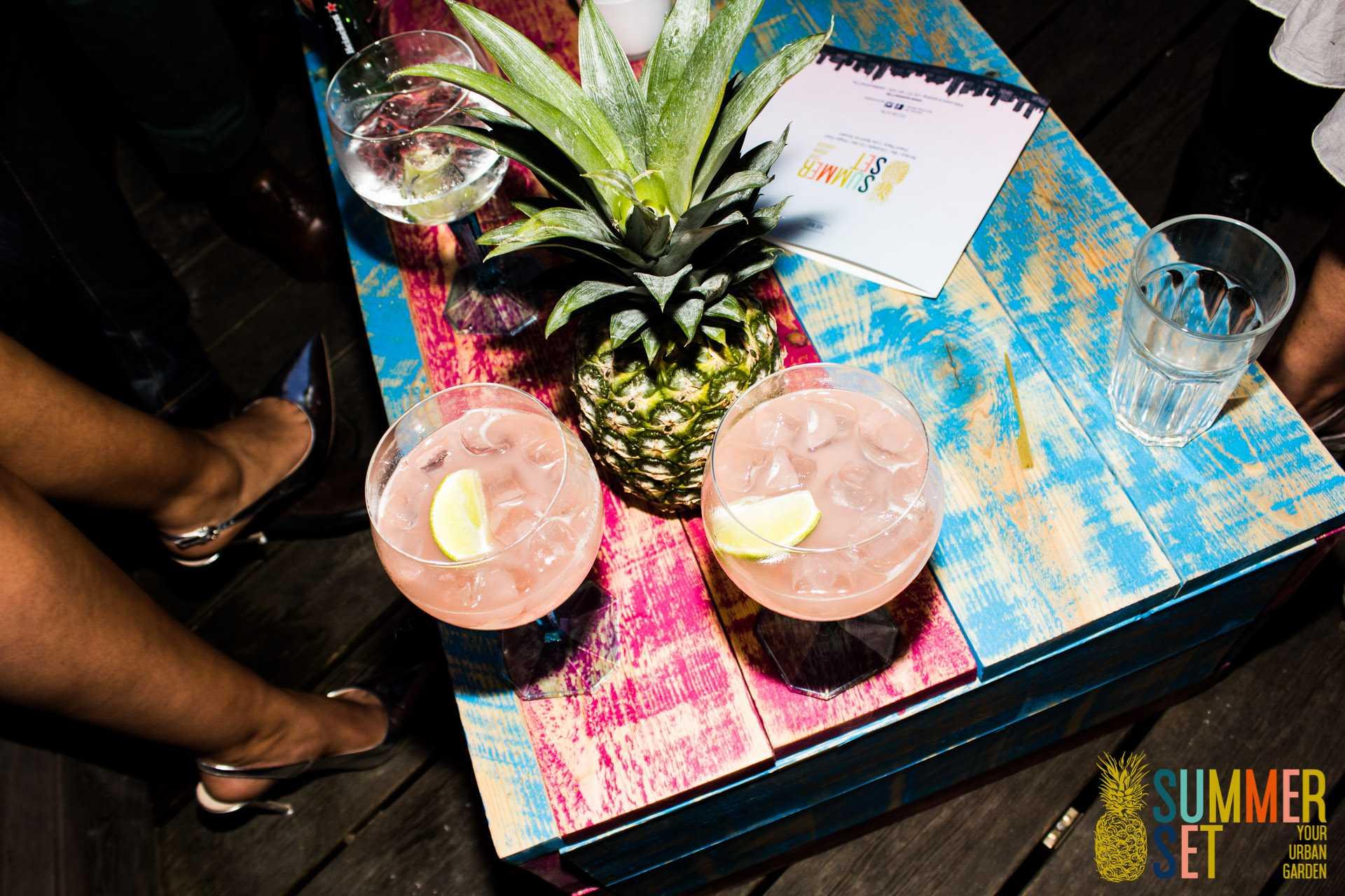 summer set cocktail