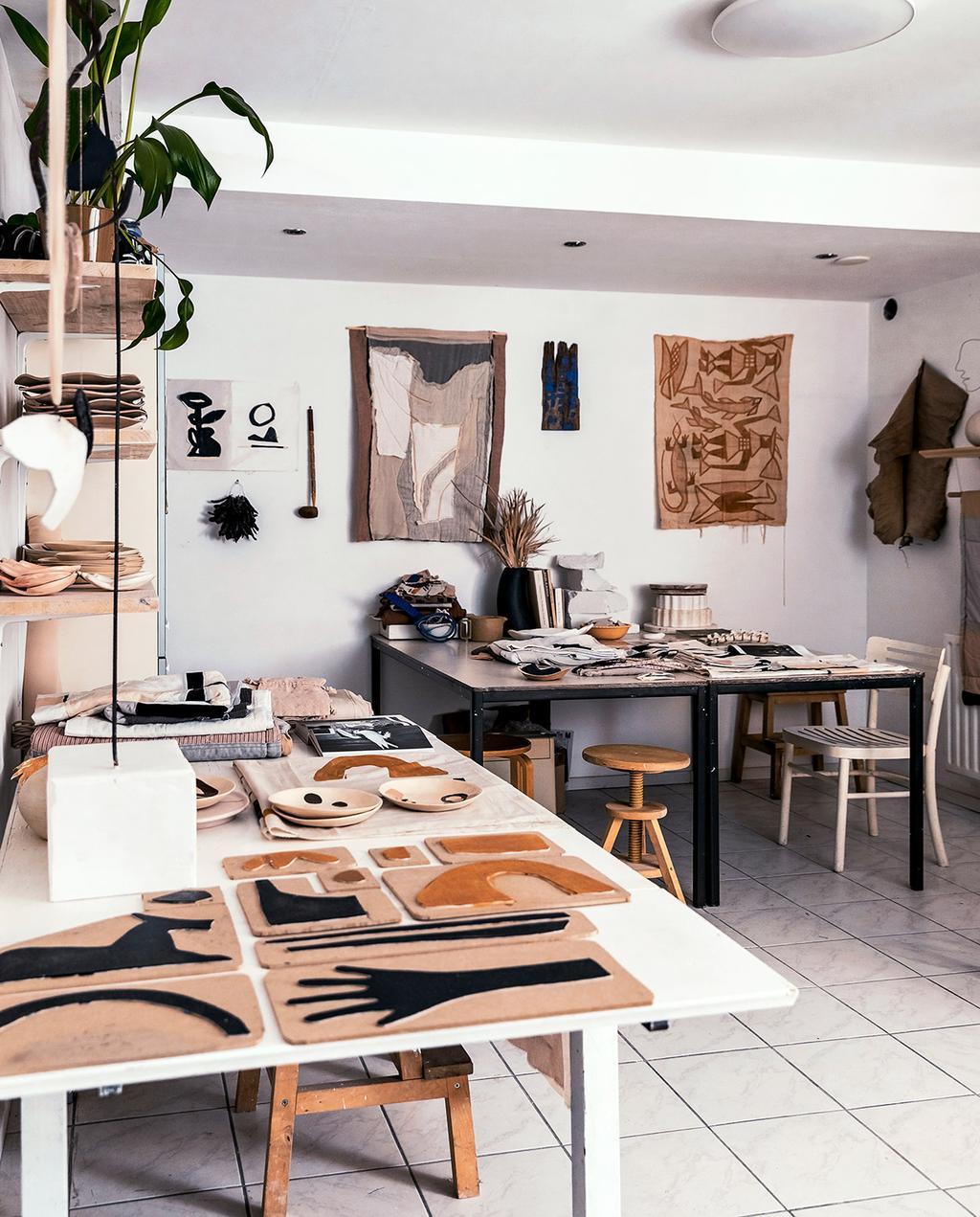 vtwonen 02-2021   ambacht atelier plek van Neeltje