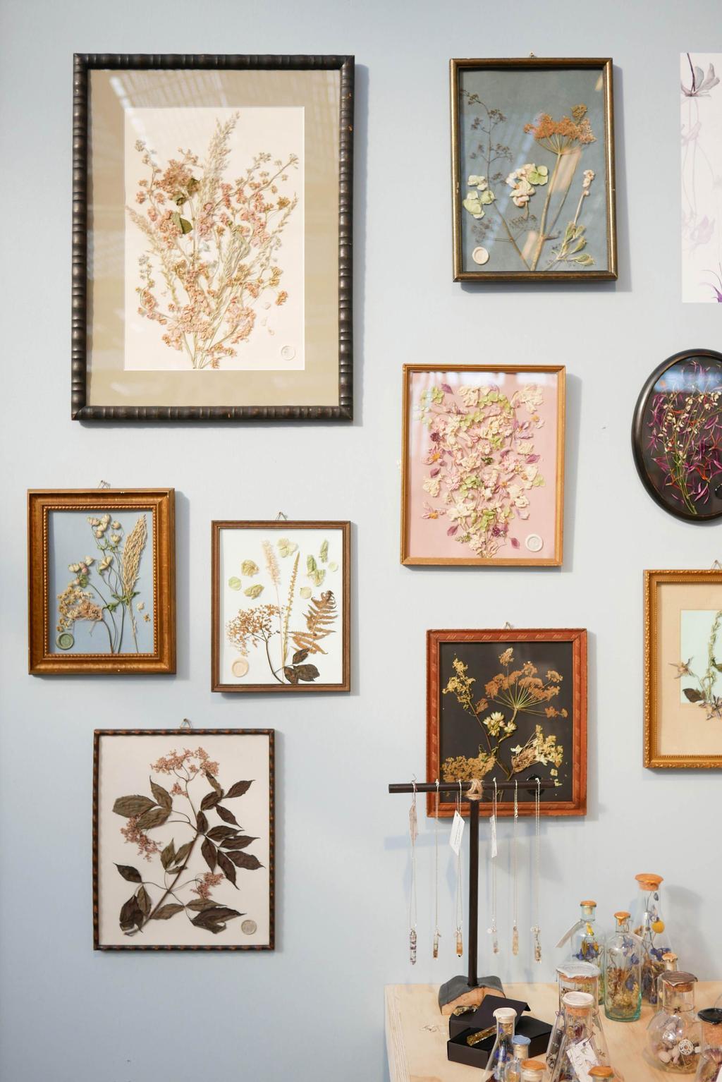 Field of Hope op de beurs showUP voor wanddecoratie met schilderijen