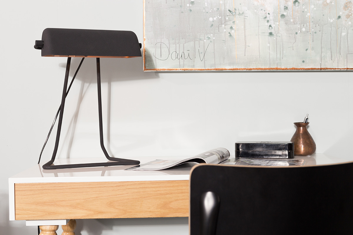 Thuiswerkplek bureau en bureaustoel