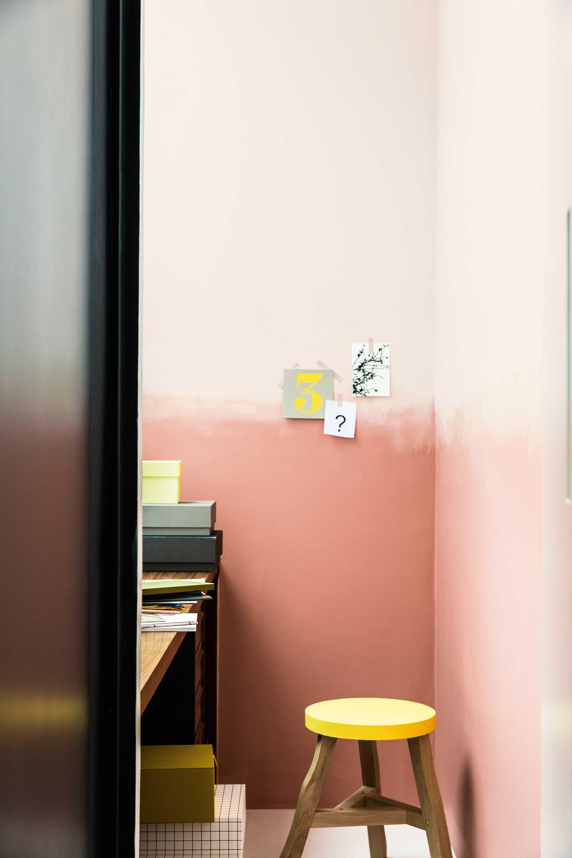 werkkamer-stoel-muur