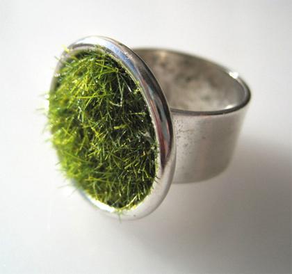 Ring van mos